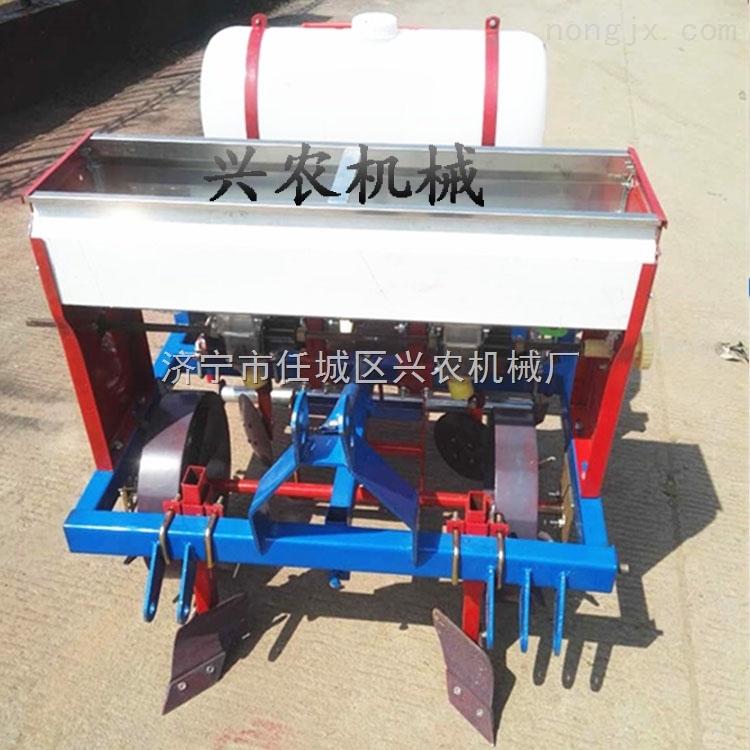 四轮玉米覆膜播种机花生播种覆膜机价格