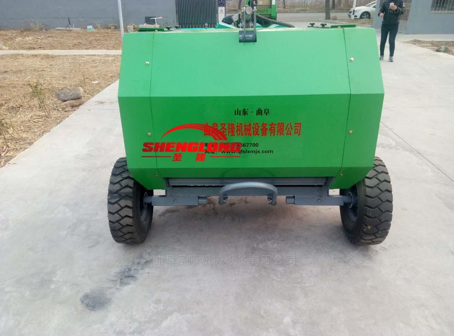SL5080-拖拉机带动牵引悬挂两用小麦秸秆捡拾打捆机