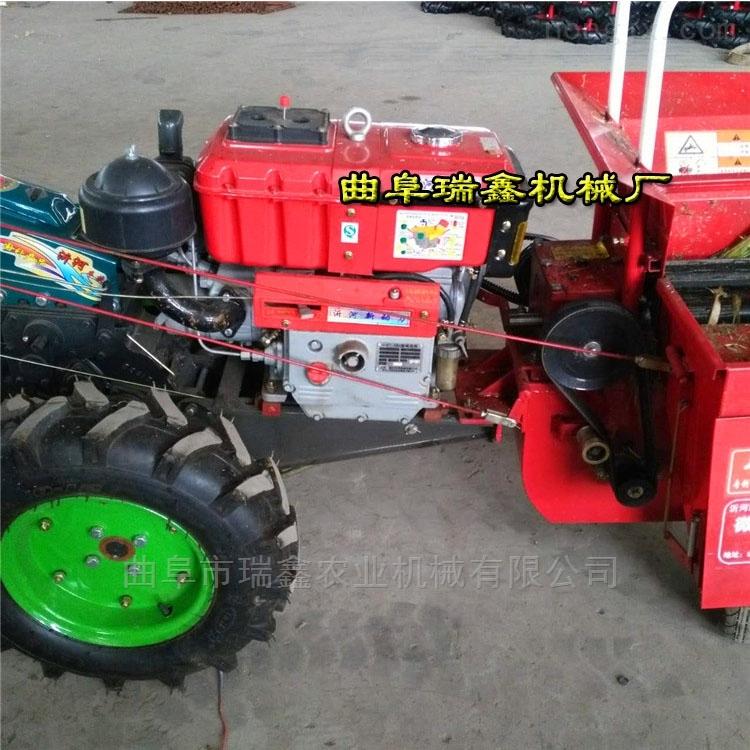 小型柴油玉米联合收获机 自走式玉米收割机