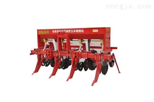 免耕深松多層施肥玉米精播機
