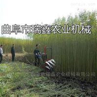 铺放整齐稻麦收割机