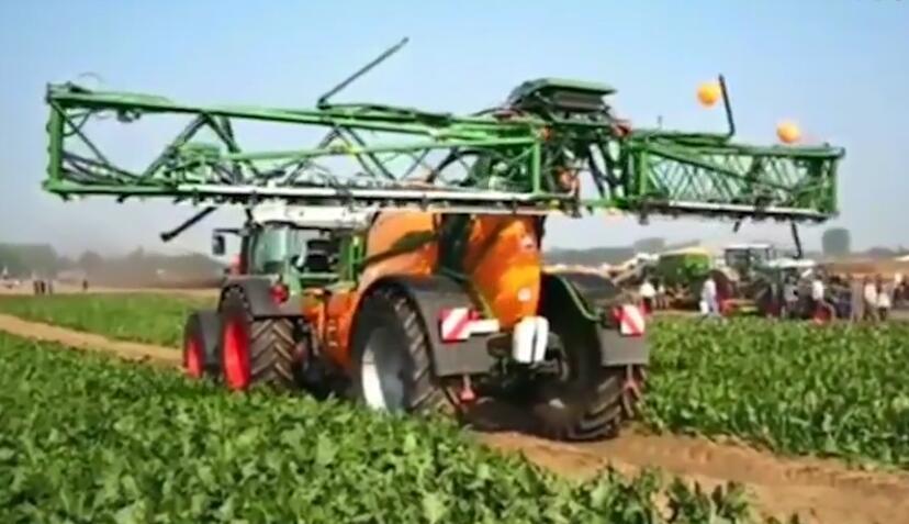 实拍国外农业机械黑科技, 比纯人力强太多了!